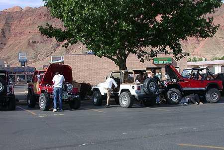 City Market Moab >> Flat Iron Mesa E Behind The Rocks Trail Memorial Moab 2002